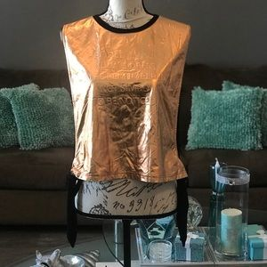 DO+BE BRONZE TOP WITH BLACK BACK SIZE M NWT
